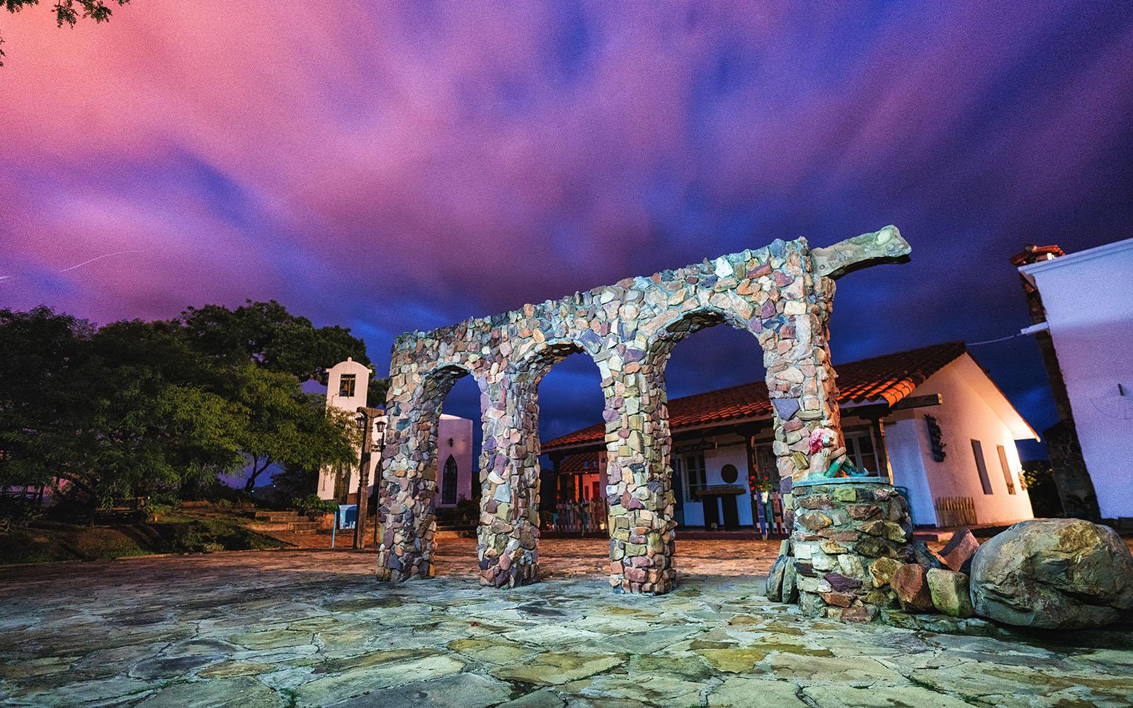 Ruinas El Pueblito Resort
